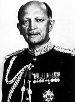 The first Indian Commander-in-Chief of India (General KM Cariappa Biography)